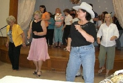 More linedancing.